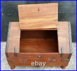 1920s Vintage Rare Unused Hand Carved Wooden Hut Shape Jewellery Money Chest Box