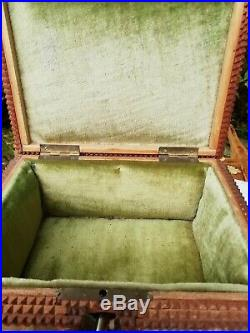 Antique French Glazed 8 Paneled Tramp Art Wooden Jewellery Box & Key Lined C1920