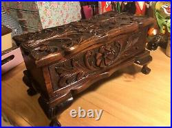Antique Hand Carved Wooden Mahogany Jewellery Casket/Box With Claw and Ball Feet