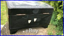Antique Vintage Beautiful Wooden Chinese Oriental Black Wooden Jewellery Box