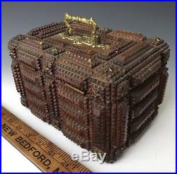 Antique Wooden Chip Carved Tramp Folk Art Jewelry Dresser Trinket Box, c1915, NR
