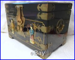 Chinese Hand Carved Blak Wood Jewelry Lacquer Box Chest Cabinet