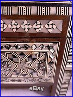 Egyptian Inlaid Wooden Jewelry Chest Box Red Velvet Interior 11.5 x 9 x 7.5