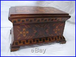 Fine Early Wooden Inlay Marquetry Dresser Trinket Jewelry Box Inlaid Wood Shield