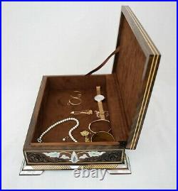 Handmade wooden jewelry box Inlaid with mother of pearl with brown velvet inside