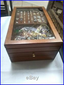 Mixed Lots Of 48 Vintage/Modern Jewelry Rings With The Jewelry Chest Wooden Box