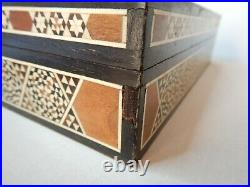 Old Marquetry Inlaid Wooden Lidded Jewellery Trinket Box