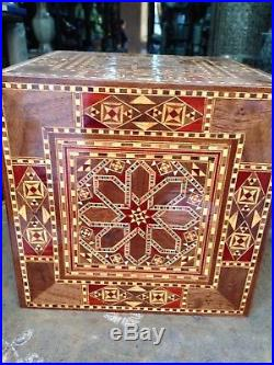Syrian Handmade Marquetry Inlaid Mosaic Wooden Jewelry Box (18x18x18 cm)