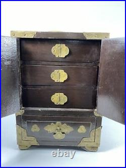 Vintage Oriental Chinese Wooden Musical Jewelry Box Brass Ornate Carved Jade