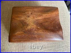 Vintage Signed Roger Sloan Hand-Sculpted Wooden Trinket/Jewelry Box